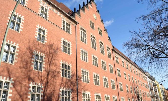 Fassade des Gebäudes